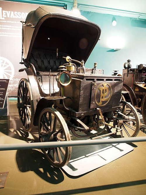 1891 Panhard und Levassor 1.75cv 12km/h - Motor Daimler P2C