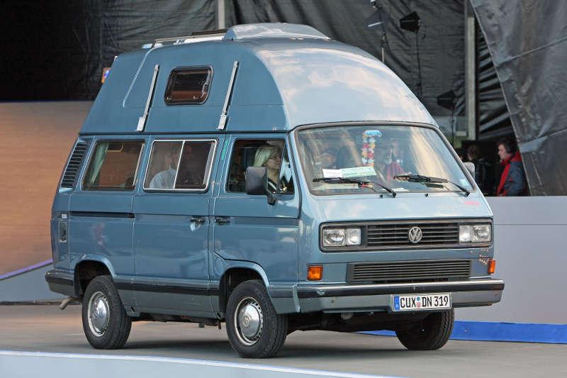 VW Bulli T3 Campingbus mit Hochdach
