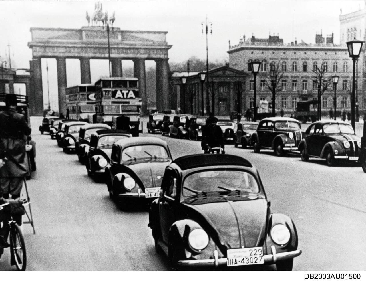 1938: Die ersten Kaefer der Vorserie VW 38