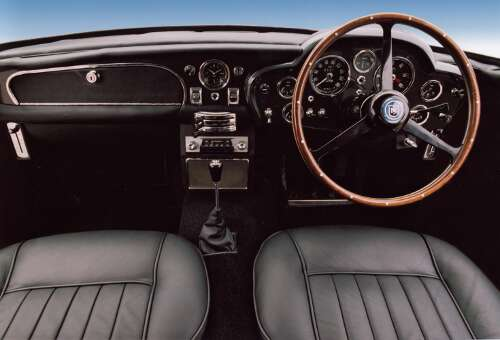 Aston Martin DB5 Interieur Cockpit