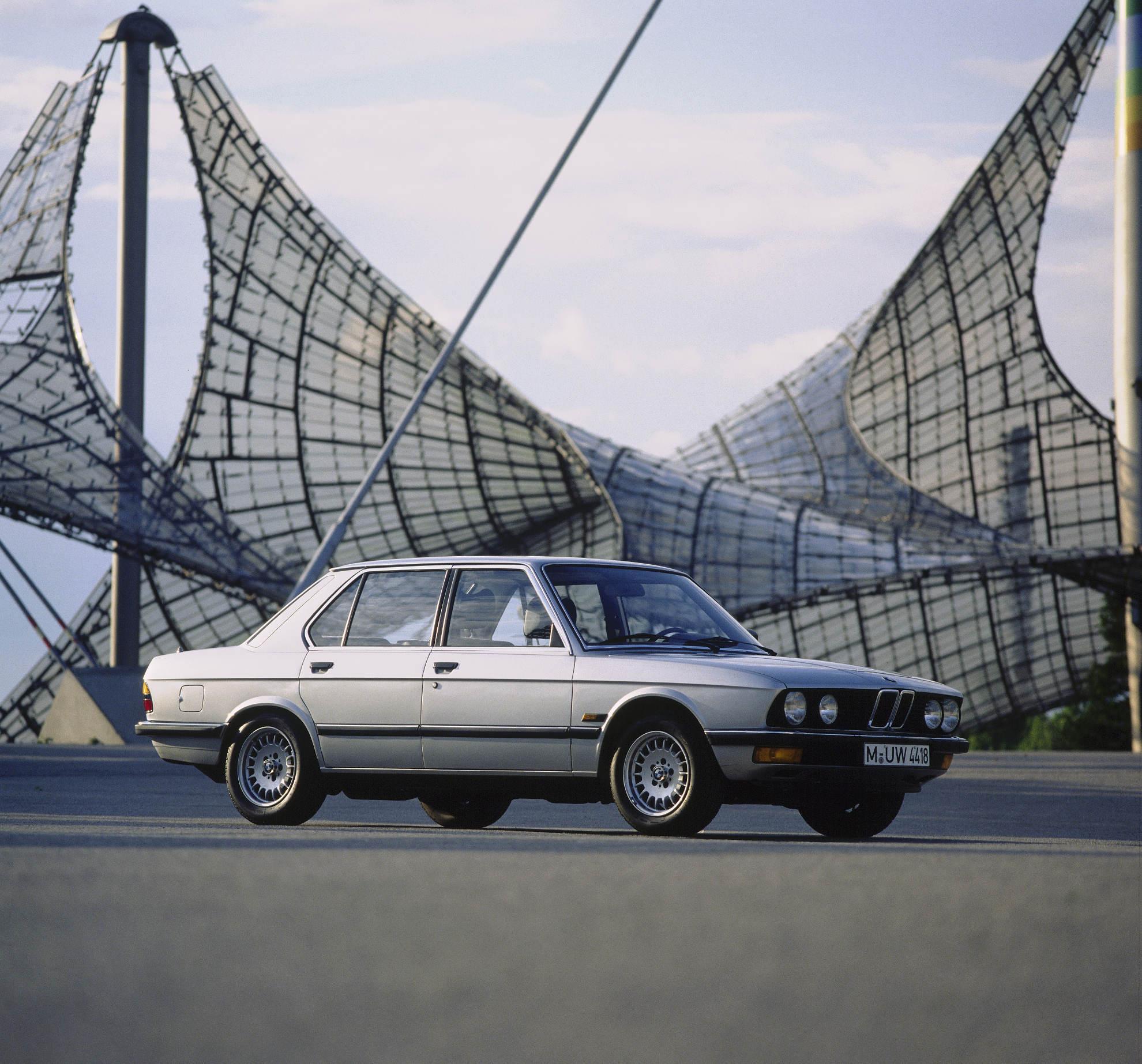 BMW 5er E28 Seitenansicht