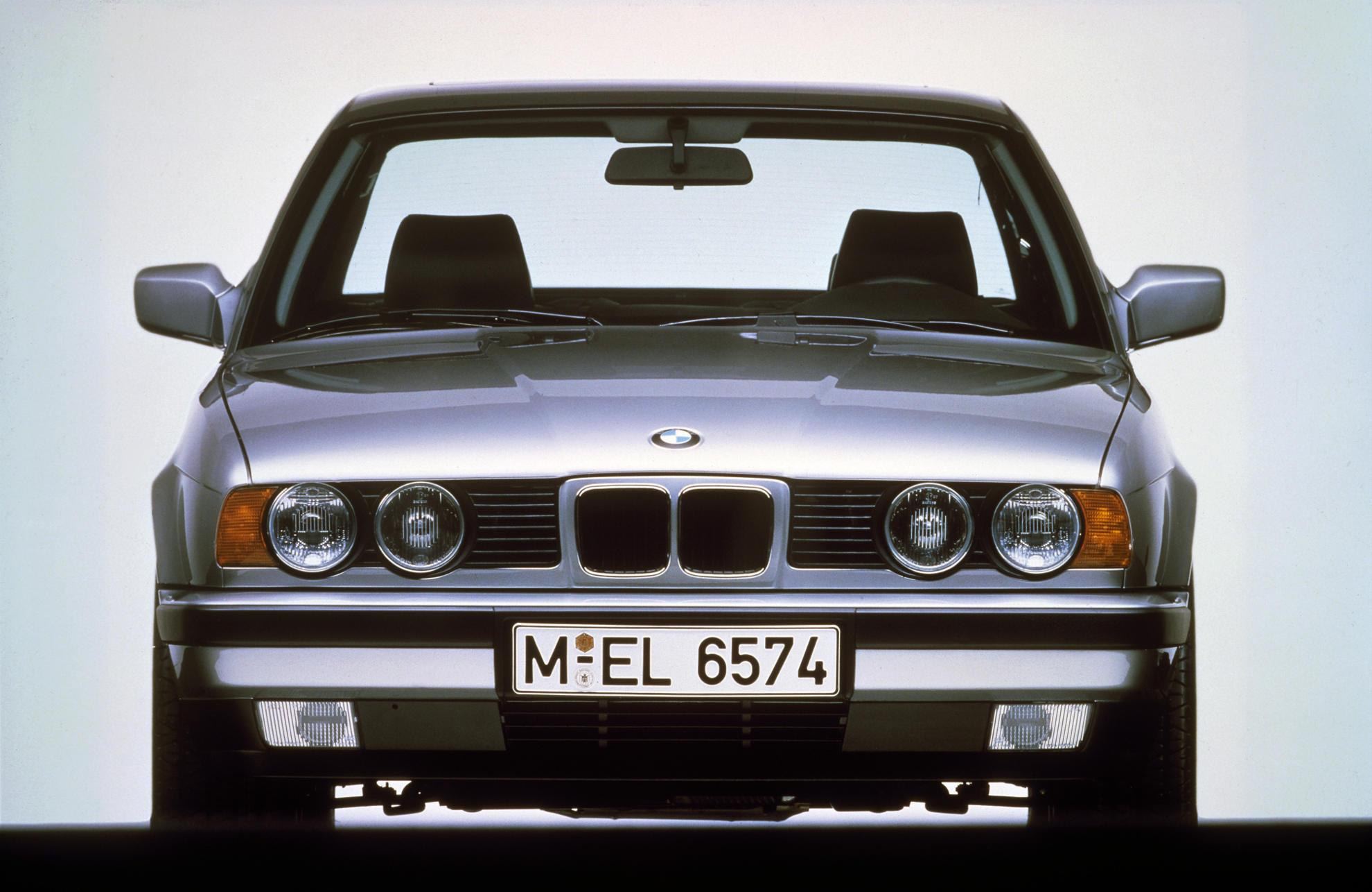 BMW 5er E34 dritte Generation Frontansicht