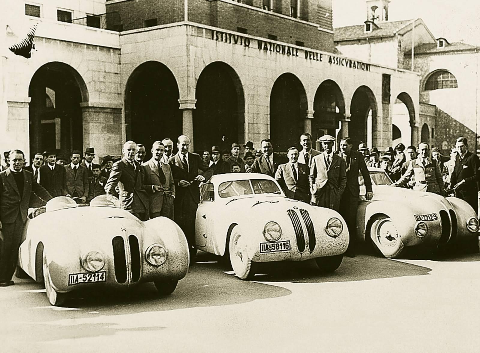 BMW 328 mm - Gesamtsieger bei der Mille Miglia 1940 mit den Plätzen 1, 3, 5 und 6