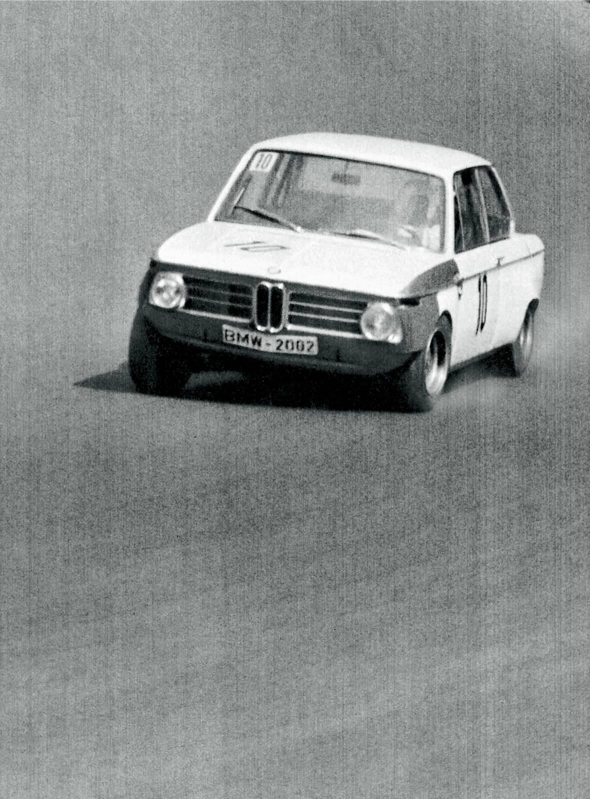 BMW 2002 am Nürburgring 1968