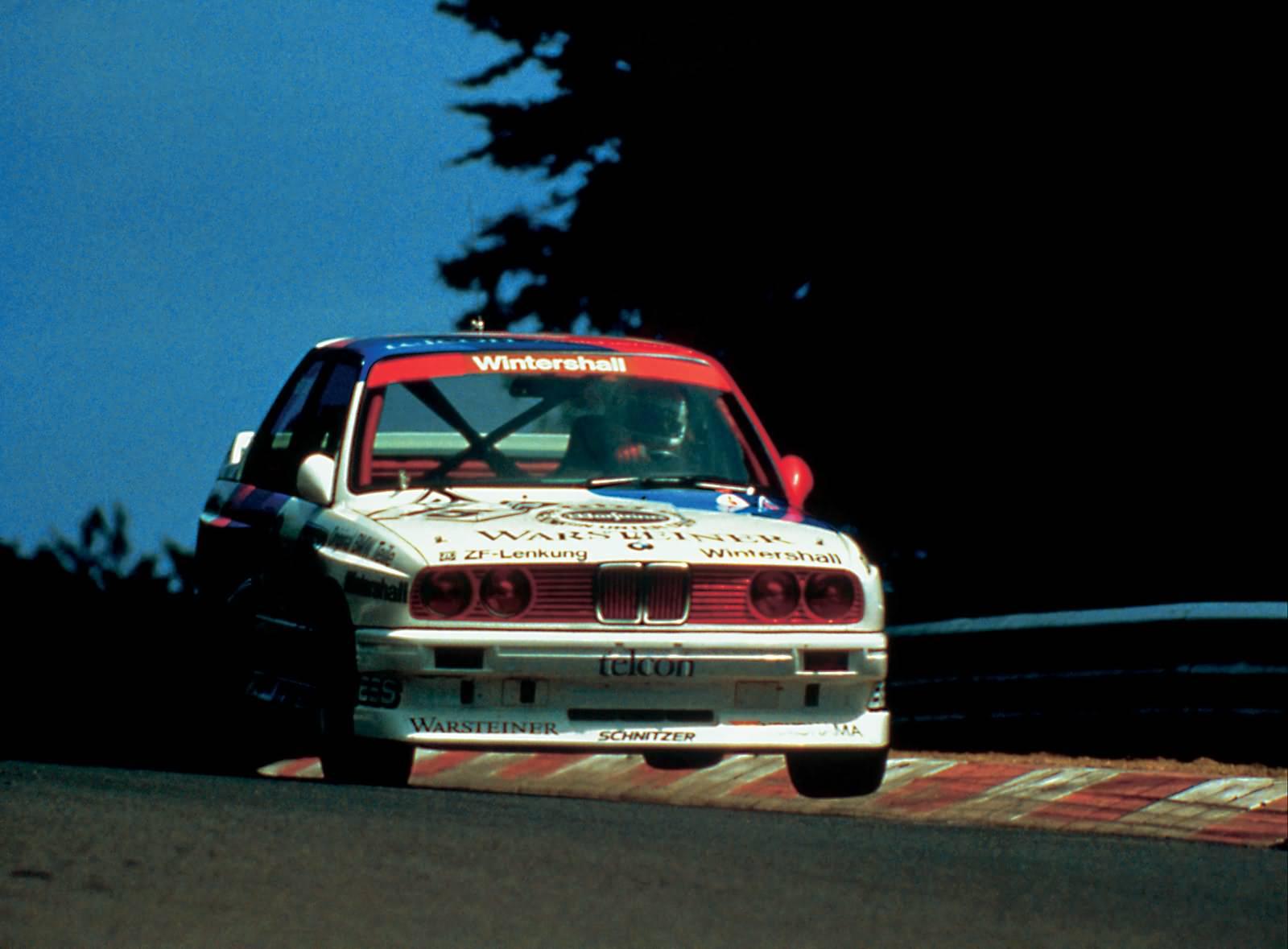 Roberto Ravaglia gewinnt mit dem BMW M3 1987 die Tourenweltmeisterschaft