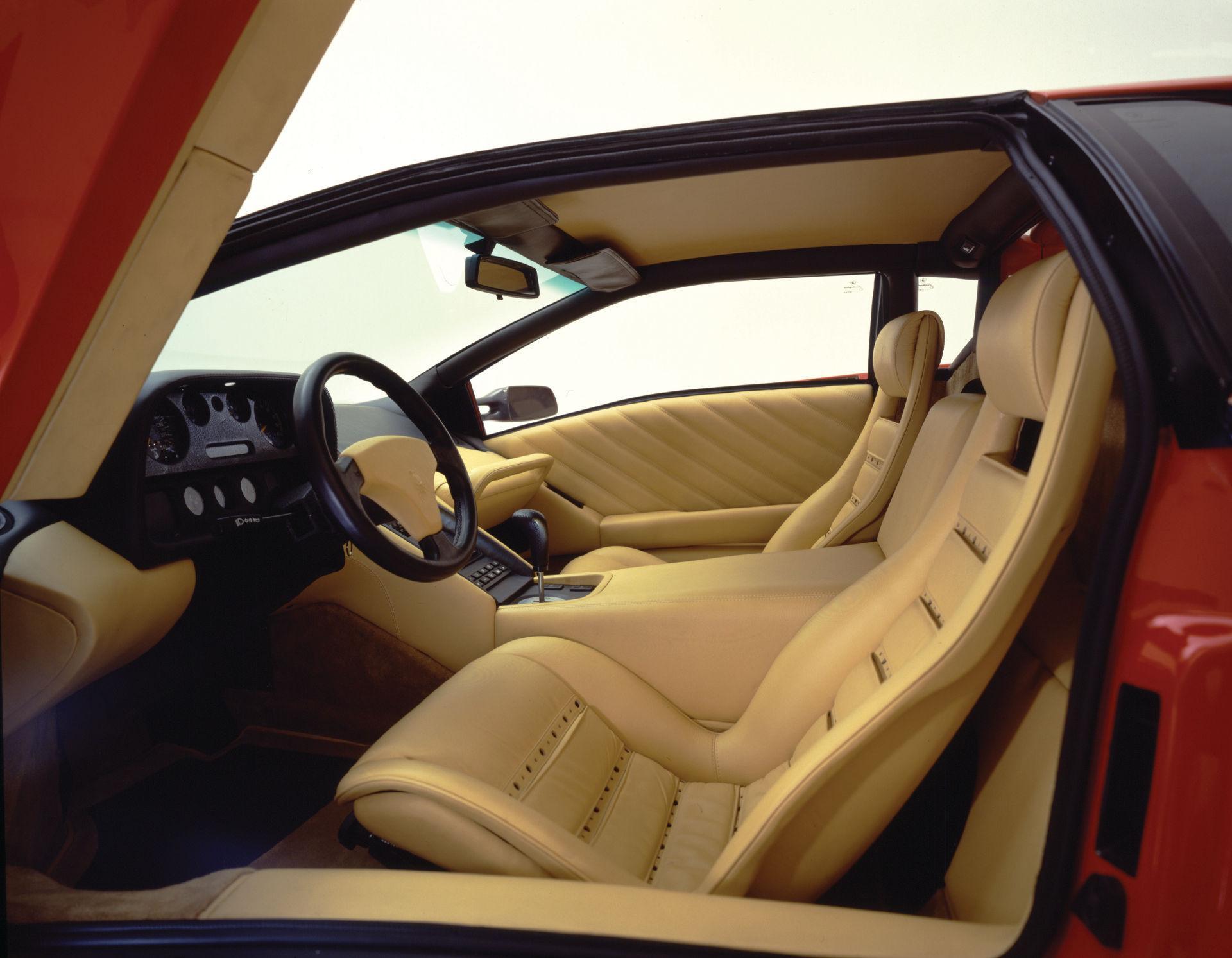 Lamborghini Diablo 6.0 2001 Innenraum