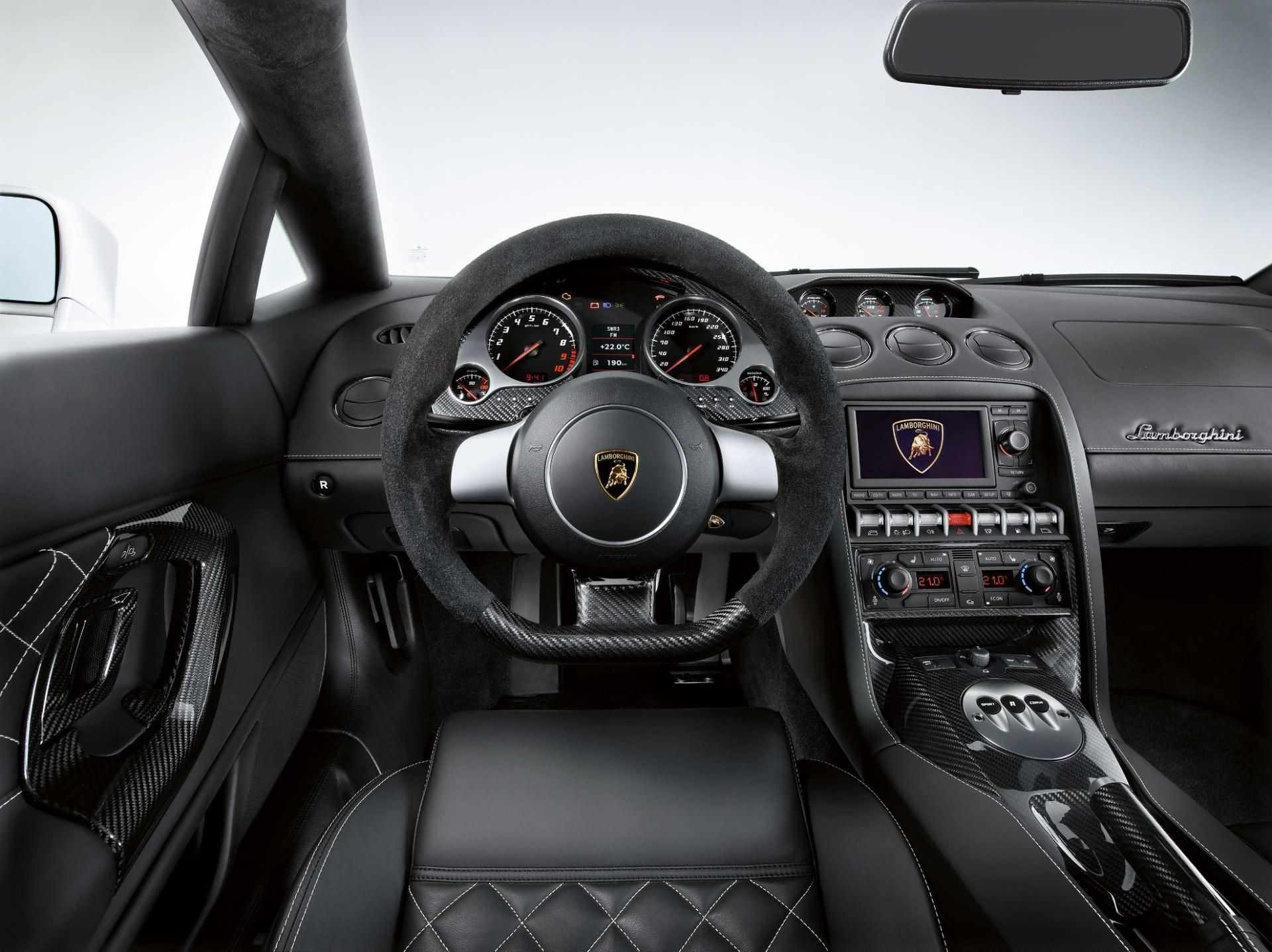 Lamborghini Gallardo LP 560-4 - Innenraum