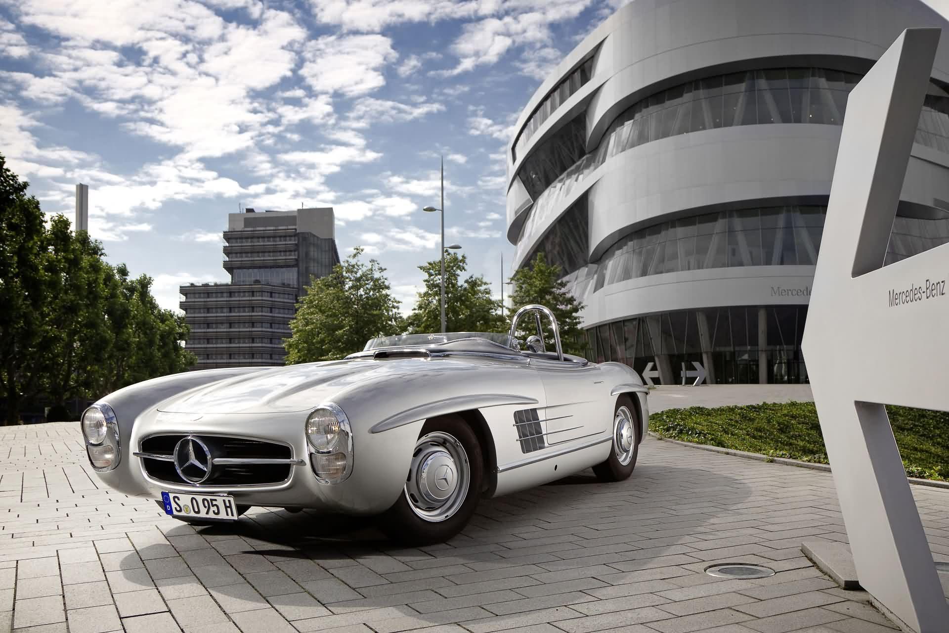 Mercedes-Benz 300 SLS (W 198)