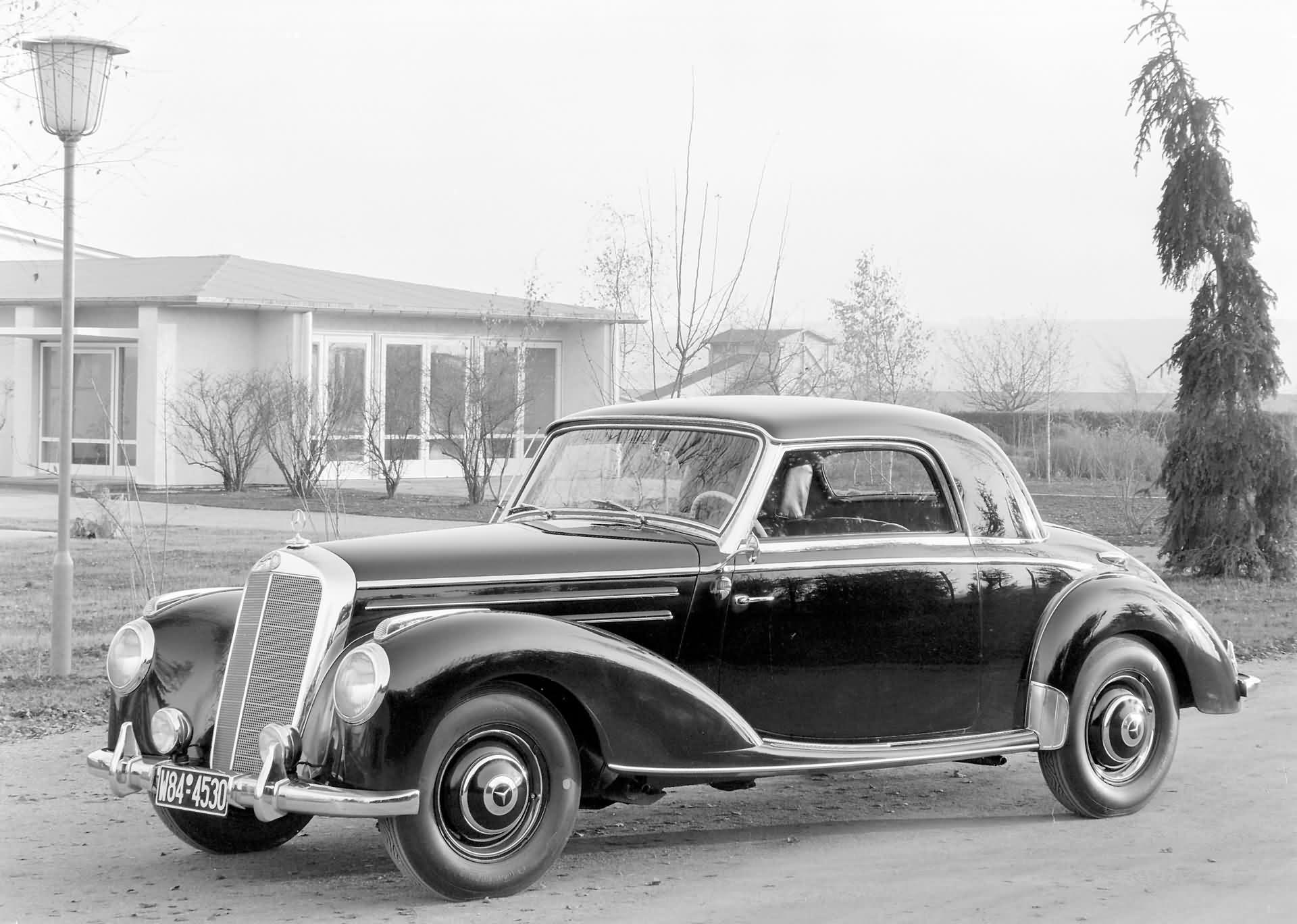 Mercedes-Benz 220 Coupe - W 187