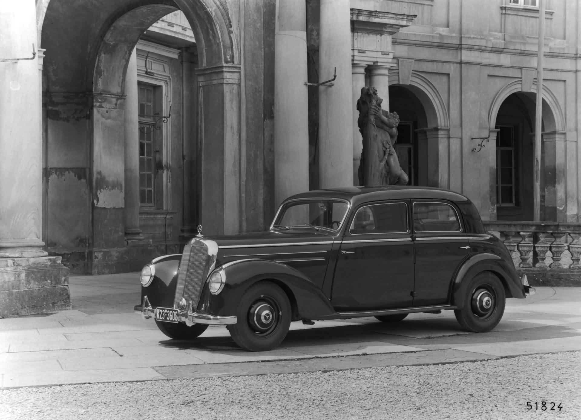 Mercedes-Benz 220 - W 187