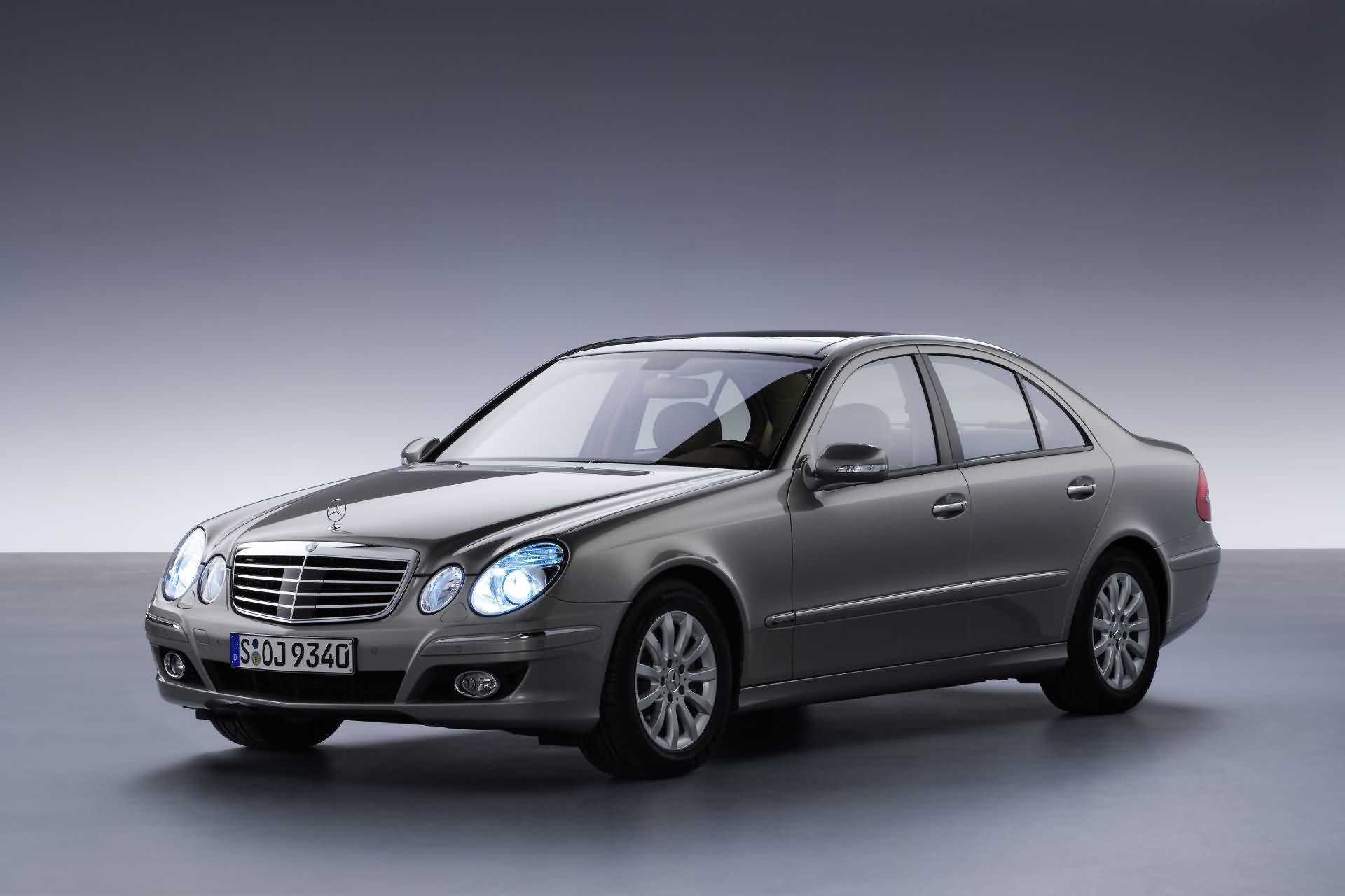 Mercedes-Benz E-Klasse Baureihe 211