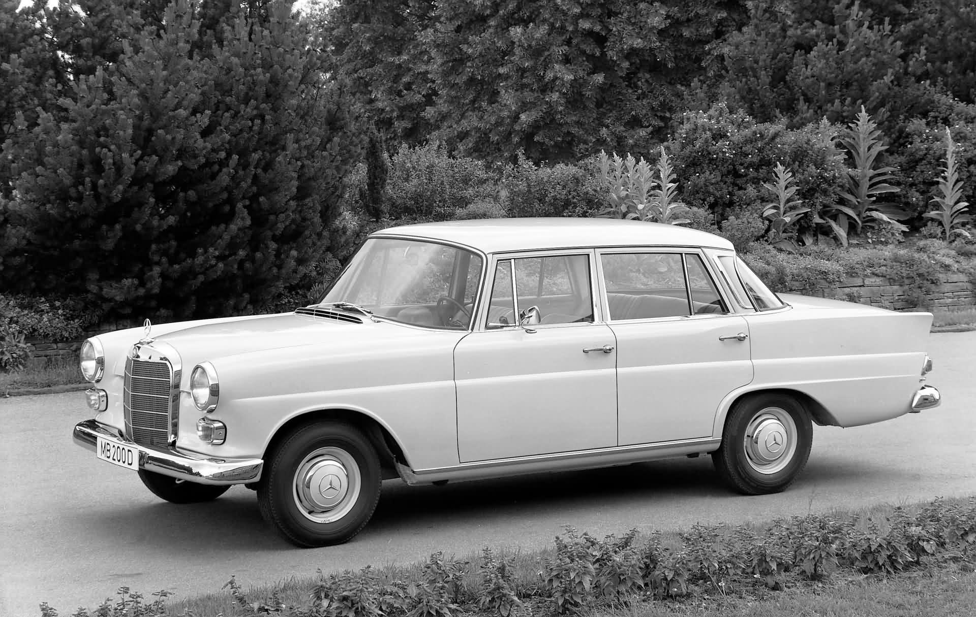 Mercedes-Benz Baureihe W 110