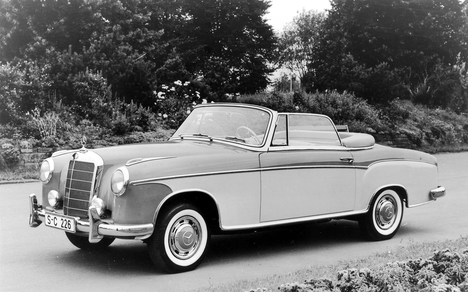 Mercedes-Benz Typ 220 S Cabriolet