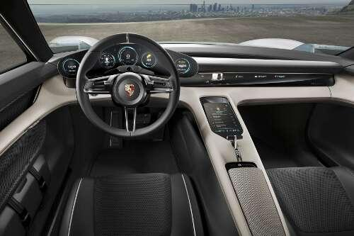 Porsche Mission E Interieur Cockpit