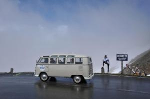 Volkswagen-T1-Samba-Bus