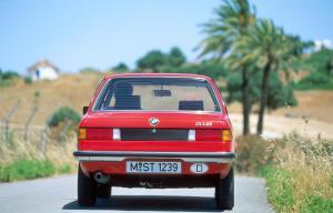 BMW-316-E21-Heckansicht