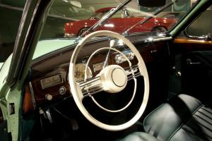 BMW-502-V8-Cockpit-