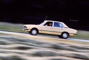 BMW-5er-E12-erste_Generation-