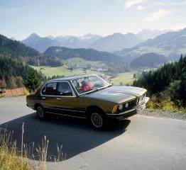 1-Generation-BMW-7er-E23