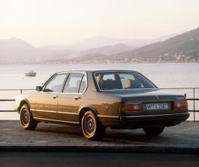 BMW-7er-E23-