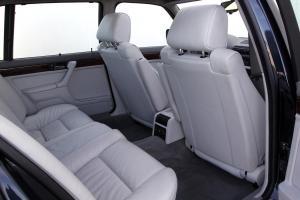BMW-750iL-E32-Innenraum-fond