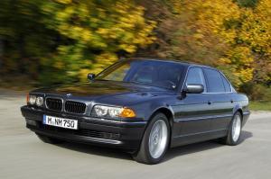 BMW-E38-750iL-2