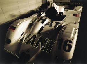 Jenny-Holzer-BMW-V12-LMR-3