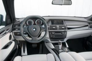 BMW-X5-M-E70-4
