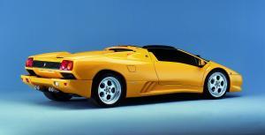 lamborghini-diablo-roadster-1996-1