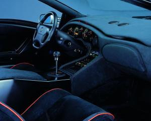 lamborghini-diablo-sv-1996-cockpit