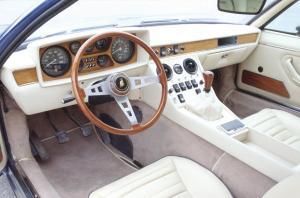 lamborghini-espada-cockpit