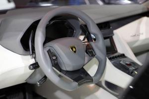 lamborghini-estoque-cockpit