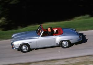mercedes-benz-190-sl-cabriolet-fahraufnahme