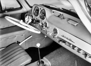 mercedes-benz-300-sl-cockpit