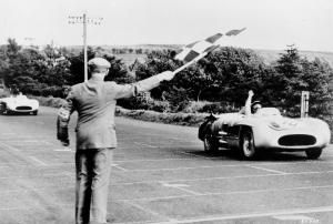 mercedes-benz-300-slr-w-196-s-siegesfahrt