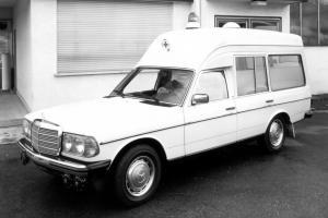 mercedes-benz-baureihe-123-krankenwagen