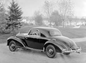 mercedes-benz-220-coupe-w-baureihe-187