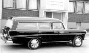 mercedes-benz-baureihe-w-110-leichenwagen