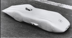 mercedes-benz-12-zylinder-rekordwagen-w-125-