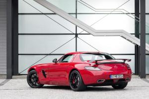 mercedes-benz-sls-amg-coupe-