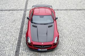 mercedes-benz-sls-amg-coupe-1