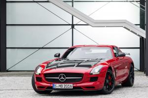mercedes-benz-sls-amg-coupe-front