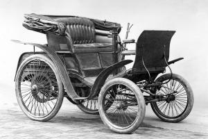 benz-patent-motorwagen-velociped-2