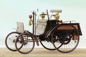 benz-patent-motorwagen-velociped-3