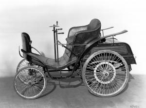 benz-patent-motorwagen-velociped