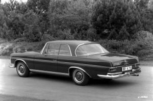 mercedes-benz-300-se-coupe-w-112
