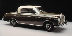 mercedes-benz-220-s-coupe