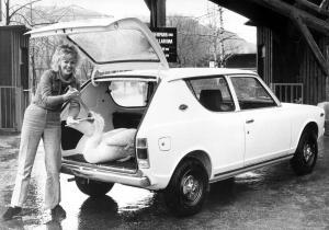 nissan-datsun-cherry-combi-100a-1973