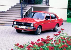 nissan-datsun-sunny-1978-