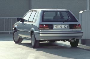 nissan-sunny-1986